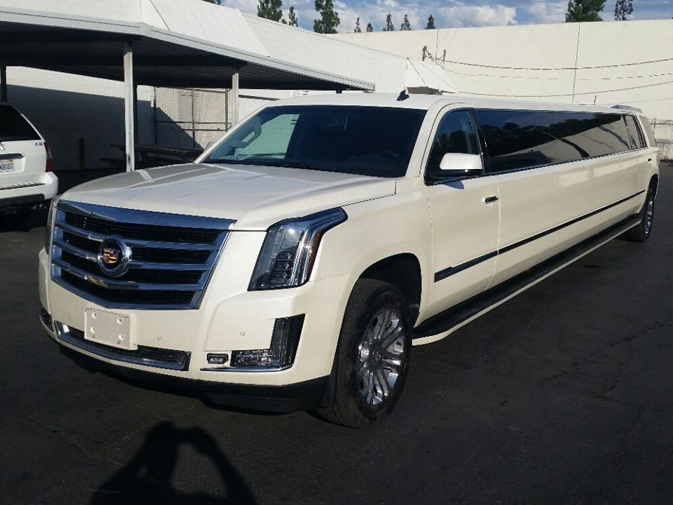 white cadillac escalade american eagle limo. Black Bedroom Furniture Sets. Home Design Ideas