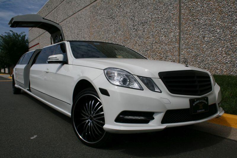Mercedes benz tuxedo limousine american eagle limousine for Mercedes benz northern virginia