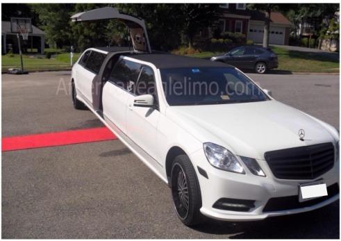 Mercedes benz tuxedo with jet door american eagle for Mercedes benz northern va