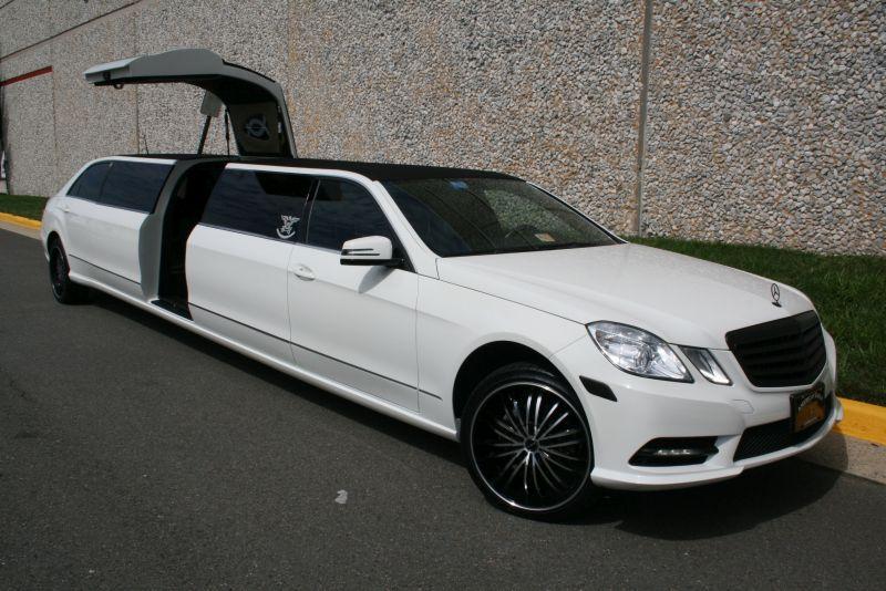 Mercedes Benz Tuxedo Limousine American Eagle Limo